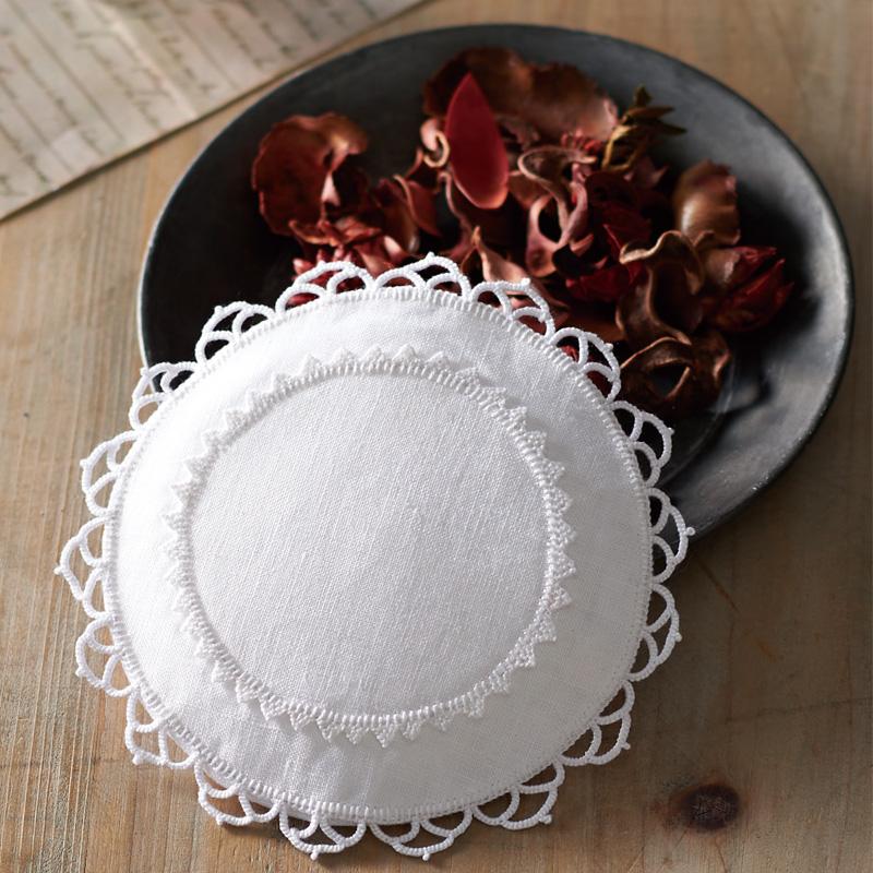 白糸 刺しゅうのキット サシェ・サークル 61428 Clover 刺繍 手芸 編物 裁縫 ソーイング 手作り ホビー クラフト