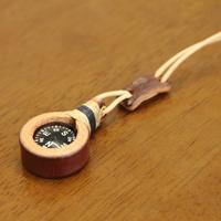 ペンダント コンパス 方位磁石 牛革 麻ひも 手作り ハンドメイド