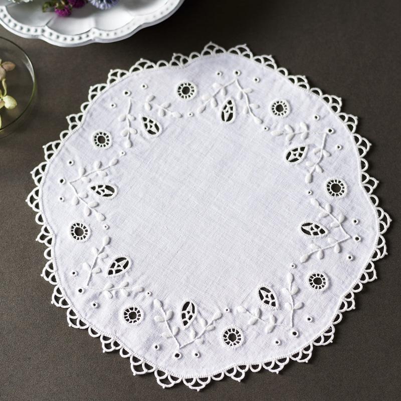 白糸 刺しゅうのキット ドイリー・サークル 61425 Clover 刺繍 手芸 編物 裁縫 ソーイング 手作り ホビー クラフト