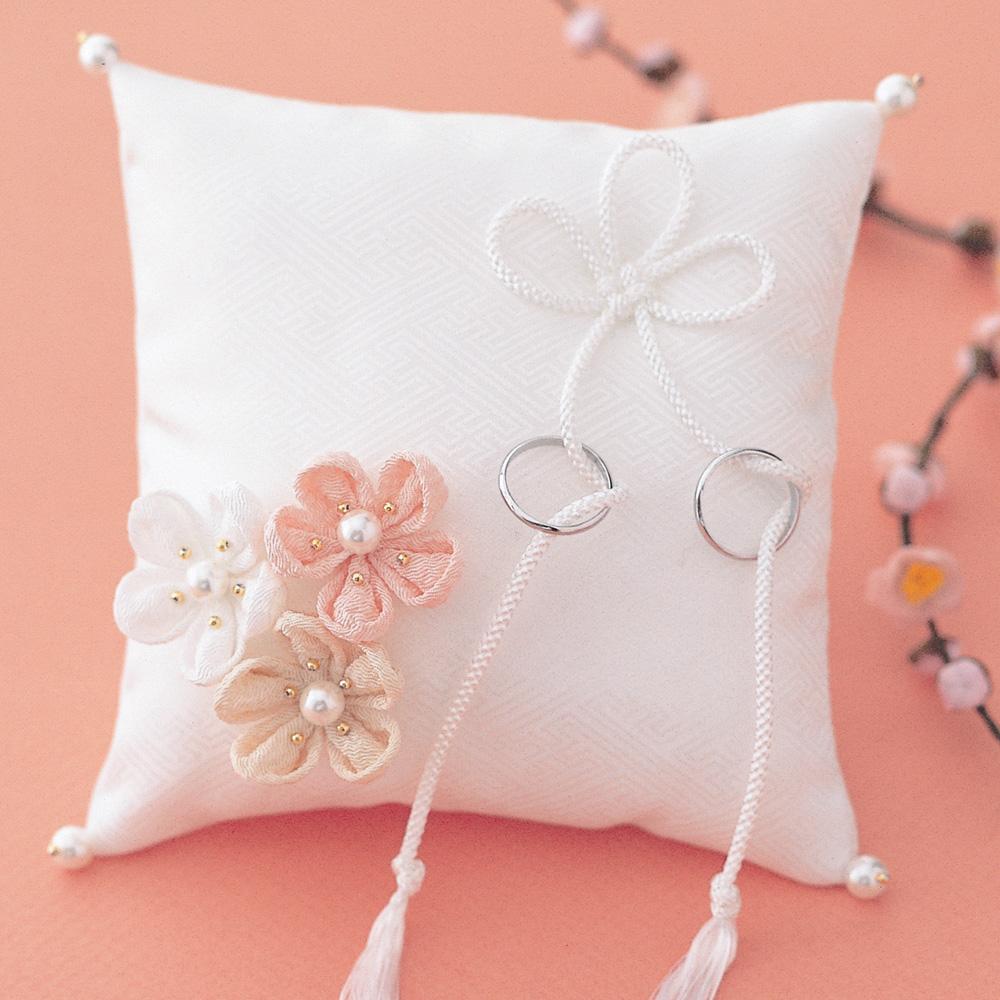 飾り結びでつくる和風リングピロー 几帳結びと梅の花・白 WE-008 69312 クロバー 結婚 記念 手作り 結婚式 ウェディング ウェディングキット 裁縫 ホビー プレゼント