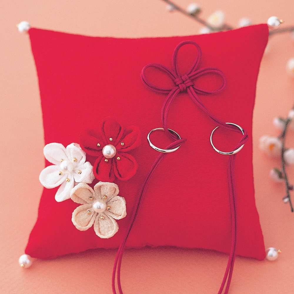 飾り結びでつくる和風リングピロー 几帳結びと梅の花・赤 WE-009 69313 クロバー 結婚 記念 手作り 結婚式 ウェディング ウェディングキット 裁縫 ホビー プレゼント