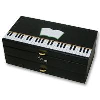 ジュエリーケース ピアノ ムシカ レザー ジュエリーボックス 宝石箱 アクセサリー入れ