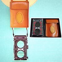 カメラ型ルーペ Lupeca[ルペカ] 二眼レフ型 2.5倍 4.25倍 日本製 ストラップ ペンダント ネックレス おしゃれ 虫眼鏡 拡大鏡 チャーム 老眼